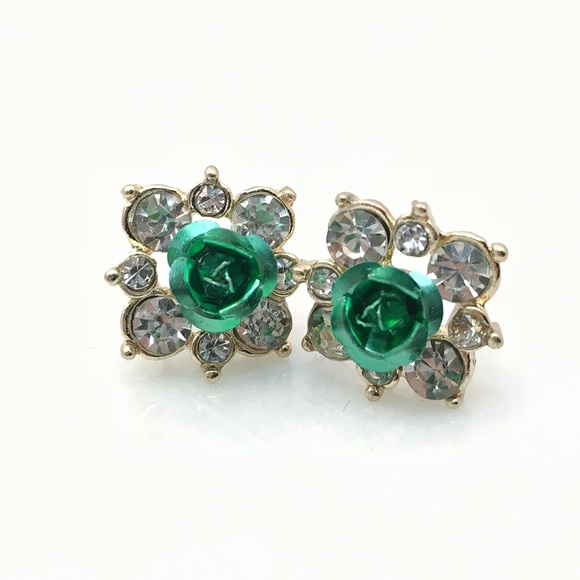 Jewelry - Rose Rhinestone Studs